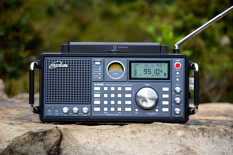 德生S2000收音机图片